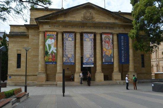 19120 Фото і опис: Галерея мистецтв Південної Австралії