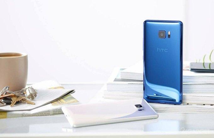19157 Сапфіровий HTC U Ultra випробували на стійкість до подряпин (відео)