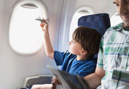 19436 Як організувати поїздку дитини за кордон без батьків?
