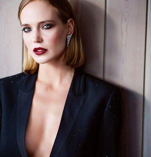 22029 Чорний піджак — вічна і модна класика