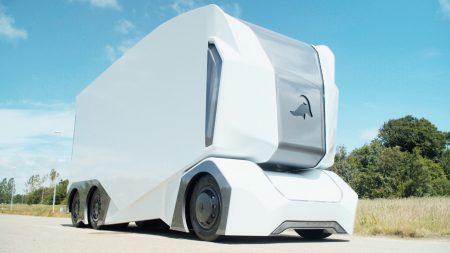 21372 Шведський стартап Einride показав повнорозмірний прототип безпілотного электрогрузовика T-Pod