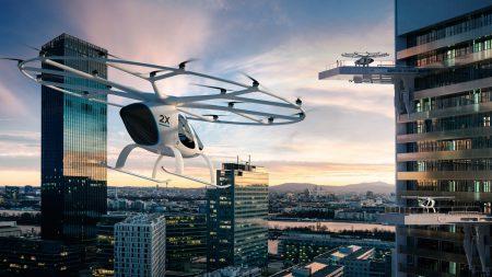 Німецький автовиробник Daimler AG та інші інвестори вклали 25 млн євро в творця літаючих таксі Volocopter