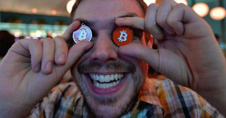 27689 Курс Bitcoin вперше перевищив $6000