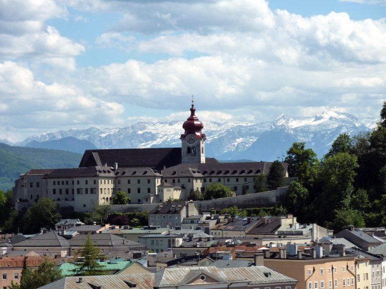 Фото і опис: Бенедіктінській жіночий монастир Ноннберг