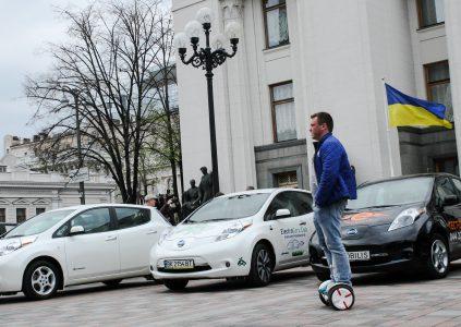 33617 Електромобілі в Україні: підсумки 2017, плани 2018
