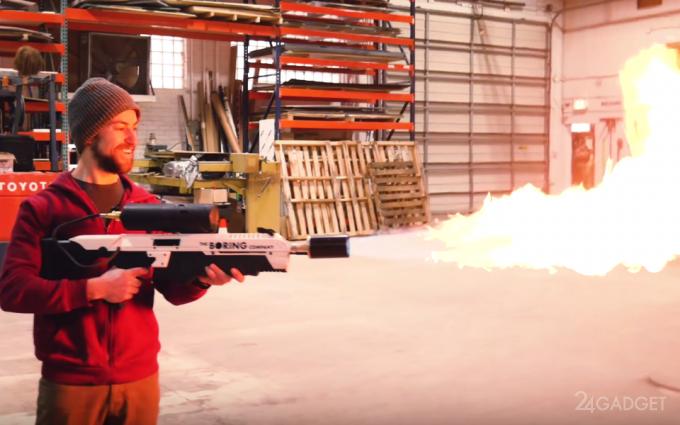 35786 Збираємо репліку вогнемета Ілона Маска своїми руками (відео)
