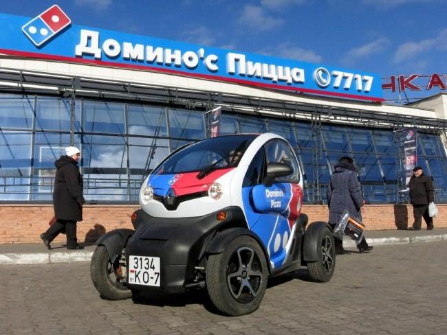 44919 Ценой в полтора Logan и расходом чуть более литра на сотню. Электрический Renault Twizy. Renault Twizy