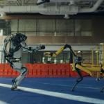 46151 Роботы Boston Dynamics зажигают на танцполе в новом ролике компании