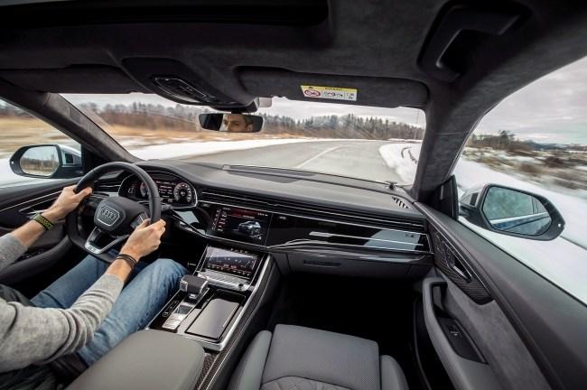 46256 Удваиваем шансы понять супердизель V8 4.0 с Audi SQ7 и SQ8. Audi SQ7 (4M)