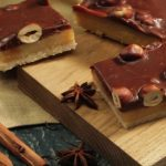 47363 Печиво з молочним шоколадом і горішками – смачніше, ніж магазинна шоколадка, а готується дуже просто